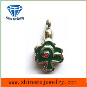 Fashion Flower Shape Green Glue Jewelry Pendant pictures & photos