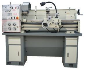 Precision Light Duty Lathe Machine EQ6230dx910 pictures & photos