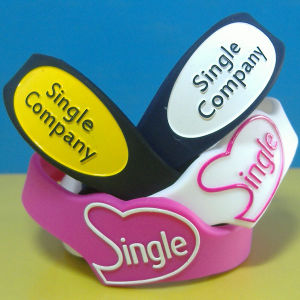 Custom Shape Embossed Printing Silicone Wristbands pictures & photos
