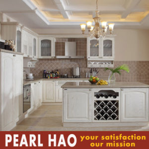 Classic Style MDF Solid Wood Kitchen Cabinet Furniture pictures & photos