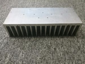 Aluminium Extrusion Fin Heat Sink with Machining pictures & photos