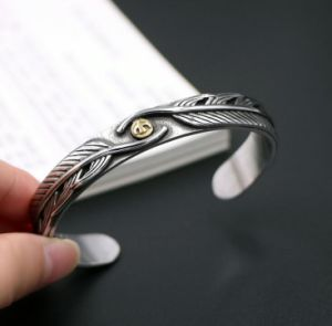 Retro Feather Men Bracelets 316L Stainless Steel Cuff Bangles pictures & photos