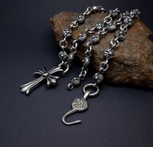 Vintage Pattern Stainless Necklace with Cross Pendant 31.49 Inch pictures & photos