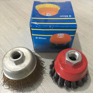 Speed Is 12, 500 Rpm Wire Cup Brush Wheel pictures & photos