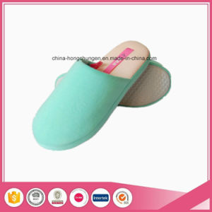 Yangzhou Supplier Cheap Indoor Guest Women Slippers pictures & photos