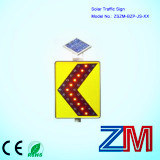 High Brightness Solar Powered Traffic Sign / LED Flashing Chevron Road Sign pictures & photos