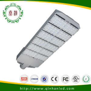 7 Years Warranty Solar LED Road Lighting pictures & photos