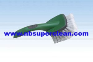 2015 New Design Car Wheel Cleaning Brush (CN1848) pictures & photos