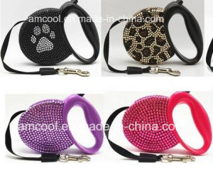 Fashionable Reshinestone Retractable Dog Leash Pet Collars & Leashes pictures & photos