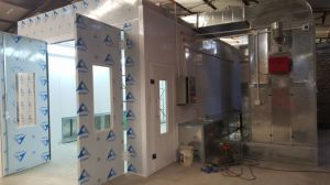 Custom Design Two Sides Extraction Spray Booth pictures & photos