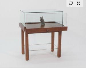 30′′ Square Museum Pedestal Showcase pictures & photos