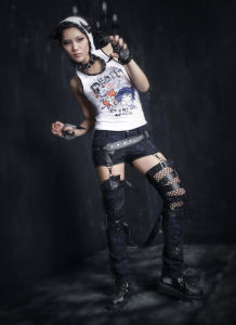 Punk Rave Fashion Lady Gothic Detachable Two-Wear Pants (K-126) pictures & photos