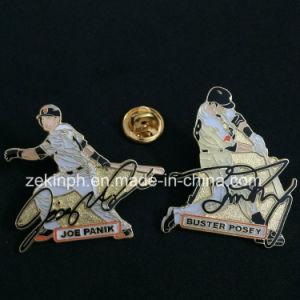 Cheap Custom Figure Metal Badge pictures & photos
