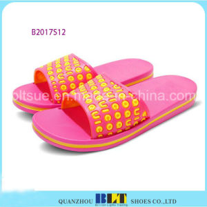 Casual Comfortable Slipper with Printing Letter pictures & photos