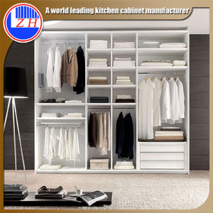 Bedroom Wood Latest Wardrobe Door Design (customized) pictures & photos