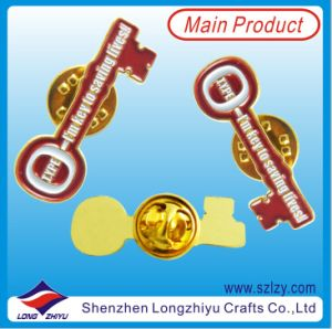 Free Design Gold Shield Shape Soft Enamel Badge Factory Supplier pictures & photos