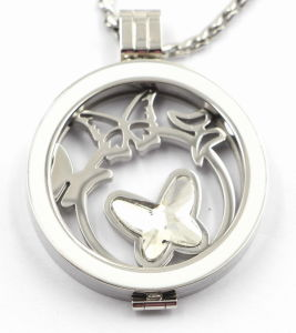 Custom Made Stainless Steel Locket Pendant with Enamel Top pictures & photos