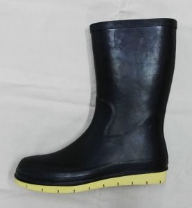 High Quality Rubber Boots for Food Industry with The Function of Anti Slide pictures & photos