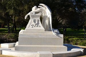 Wholesale Price for White Marble Weeping Angel Monument pictures & photos