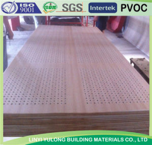 Factory That Produce The Perforated Gypsum Ceiling Tile pictures & photos
