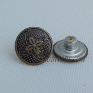 Antique Style Different Design Brass Button for Clothing pictures & photos