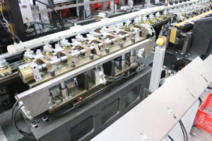 Eceng Pet Plastic Bottles Blowing Molding Machine pictures & photos
