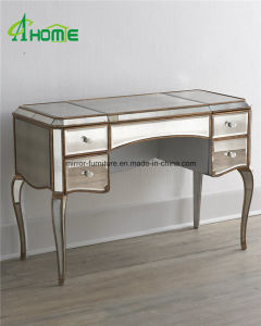 Factory Direct Antique Golden Colour Mirror Dresser Table pictures & photos