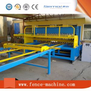 China Manufacture Welded Wire Mesh Panel Machine for Fence pictures & photos