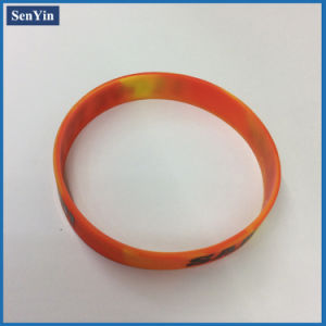 2016 Hot Selling Glow in Dark Printed Silicone Fashion Bracelet pictures & photos