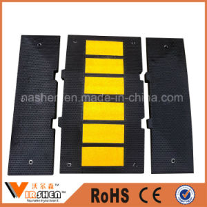 China Factory Direct Sales Rubber Road Hump, Traffic Speed Bump Stop Rubber pictures & photos