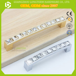 Newest Design Zamac Crystal Rhinestone Furniture Wardrobe Door Handles pictures & photos