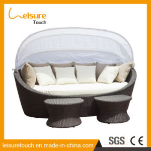 Garden Hotel Rattan/Wicker Sofa Swimming Pool Beach Lying Bed Daybed Outdoor Patio Furniture pictures & photos