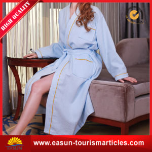 Custom Wholesale Hotel Bathrobe Dress for Women and Men pictures & photos