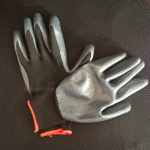 Nitrile Dipped Gloves Black/Red Color pictures & photos