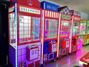 Telephone Toy Crane Amusement Game Machine Toy Crane Cabinet pictures & photos