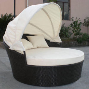 Outdoor Beach Pool Garden Furniture PE Rattan Sunbed Disassemble Daybed pictures & photos