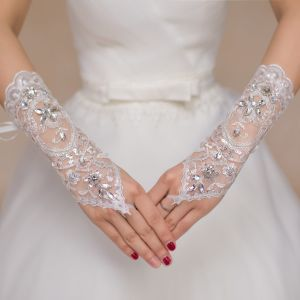 Long Finger See Through Bridal Gloves with Crystal pictures & photos