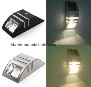 Energy Saving IP44 LED Wall Solar Light with Motion Control pictures & photos