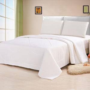 Ventilate Natural Latex Quilt pictures & photos