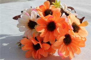 Wholesale Plastic Orange Artificial Flower Daisy for Garden Decoration pictures & photos