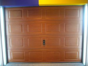 Residential Garage Door (40mm thick) pictures & photos