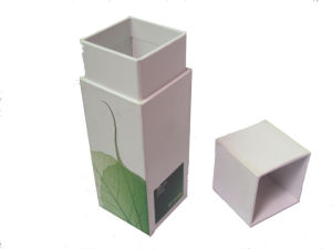 Perfume Box/Lid and Base Paper Box/Chocolate Paper Box/Gift Box/Cosmetic Box/Jewelry Box/Rigid Paper Box/Paper Box/Wine Box (CP4040)