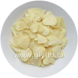 Dehydrated Garlic Flakes From Jinxiang Factory Wih Good Quality pictures & photos