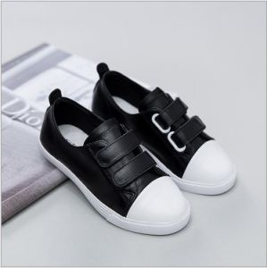 Leather Shoes Flat Casual Footwear Latest Design for Children (AKLS2) pictures & photos