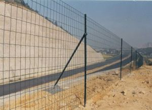 PVC Coated Welded Euro Fence (XM-Euro) pictures & photos