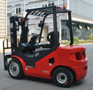 New Small 3ton Original Japan Engine Diesel Container Mast Forklift Truck pictures & photos