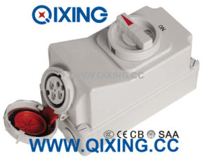 IP67 4p 32A IEC Socket with Switch pictures & photos