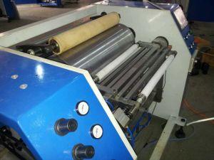 Semi Automatic PVC Stretch Film Slitting Rewinding Machine (DC-S) pictures & photos