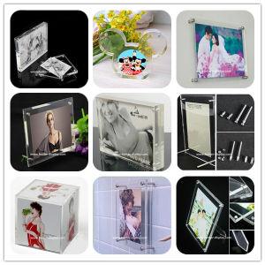 Custom 2017 New Style Acrylic Photofunia/Photo Frame pictures & photos