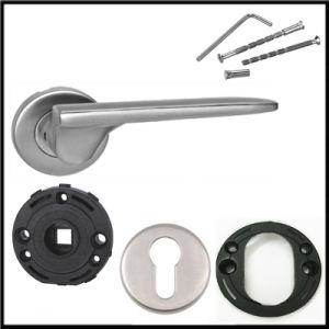 Door and Window Type Handle/Door Lever Handle pictures & photos